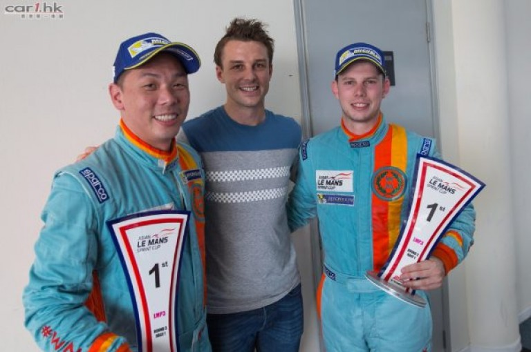 WIN-Motorsport_Image_L-R_William-Lok_Earl-Bamber_Scott-Andrews-600x399